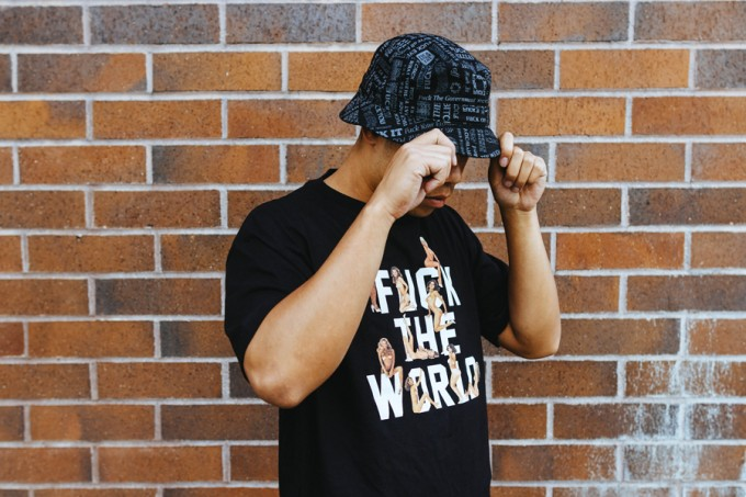 DeadlineLtd_Fuck_the_world_Tee_black_Fuck_everything_bucket_hat